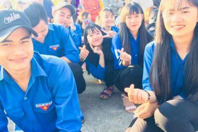 Đoàn trường THPT Gia Nghĩa tham gia lễ tiễn quân năm 2019