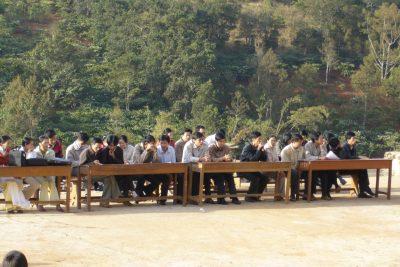 Ngày đầu tiên của THPT Gia Nghĩa (2008)